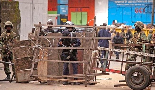 Ebola tấn công nền kinh tế