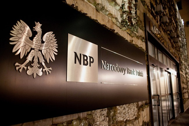 Ngân hàng Ba Lan vượt bão khủng hoảng như thế nào?