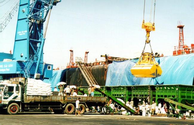 Xuất nhập khẩu cuối năm 2014: Bước đi nào cho trọn?