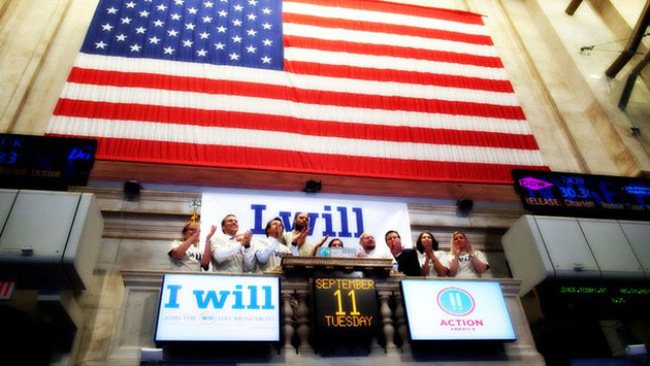 Cổ phiếu Apple giúp phố Wall hồi phục