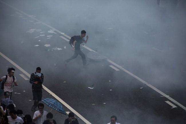 Khung cảnh hỗn loạn ở Hồng Kông