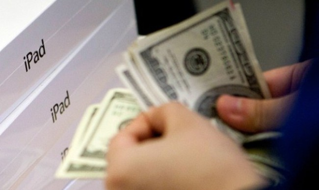 Vì sao Apple phải đi vay tiền?