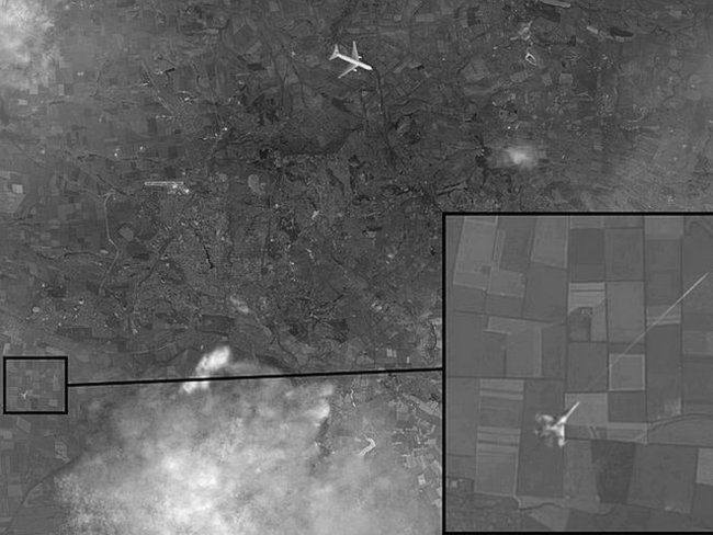 Nga công bố ảnh chấn động về MH17
