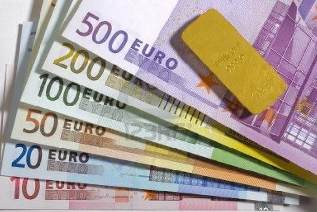 Đồng tiền chung châu Âu sẽ tiếp tục giảm giá trong năm 2015