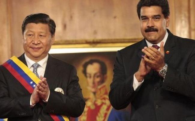 """Venezuela ngập trong nợ, Trung Quốc """"ném phao"""""""