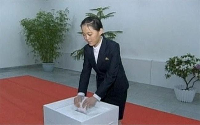 Em gái Kim Jong Un được bổ nhiệm vị trí cấp cao