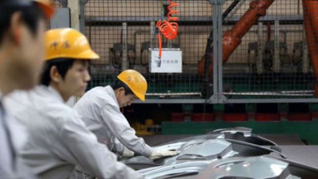 PMI Trung Quốc thấp nhất 8 tháng