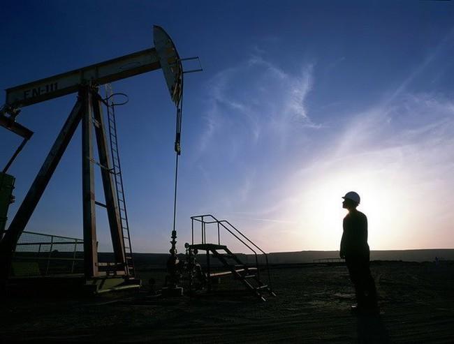 """""""Thế giới đón đợi thảm họa chính trị khi giá dầu xuống quá thấp"""""""