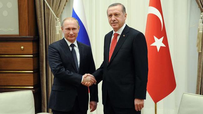 """Nga """"quay lưng"""" EU, hợp tác về khí đốt với Thổ Nhĩ Kỳ"""