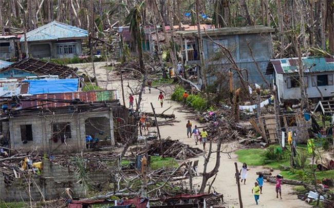 Siêu bão chuẩn bị ập vào Philippines