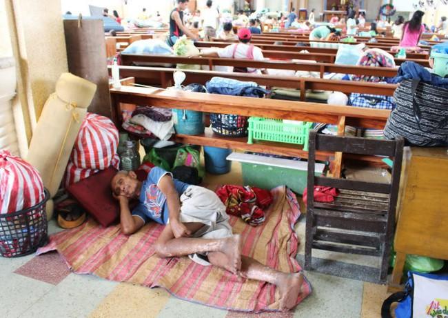 2,5 triệu dân Philippines di tản tránh bão