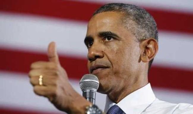 """Giá dầu giảm - """"Món quà"""" dành cho ông Obama"""