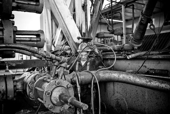 Saudi Arabia sẽ không giảm sản lượng dù giá dầu còn 20 USD/thùng