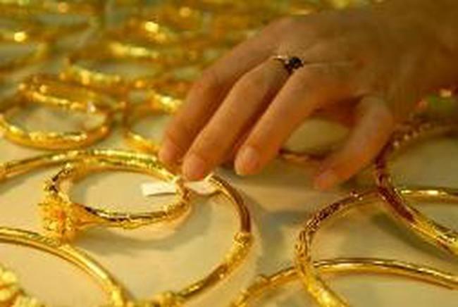Khó khăn thanh khoản khi ngừng huy động vàng?