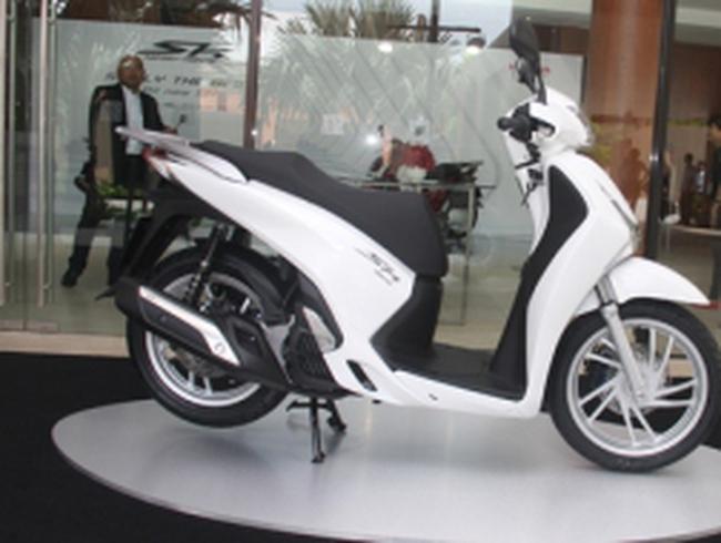Khách hàng lo ngại Honda SH 2012 bị làm giá