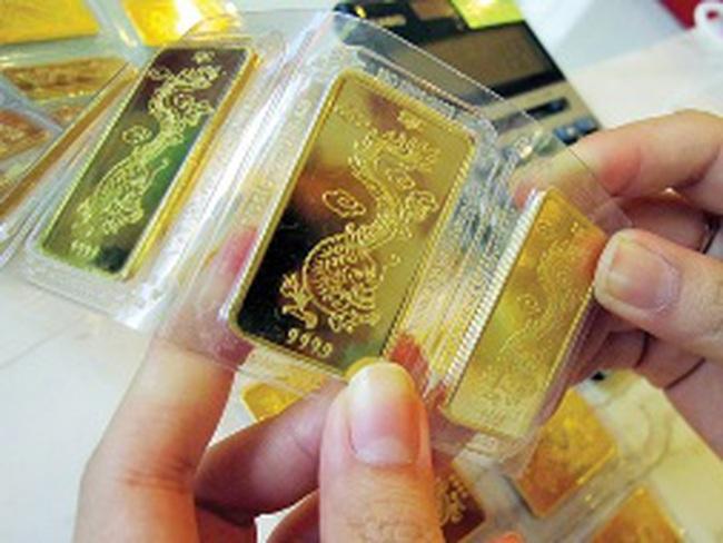 Tất toán vàng: Ngân hàng vừa làm vừa nghe ngóng