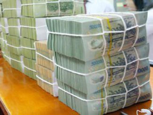 Lại lo về nguy cơ thanh khoản và lạm phát