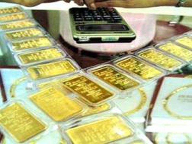 Đổ xô đổi bao bì vàng miếng SJC