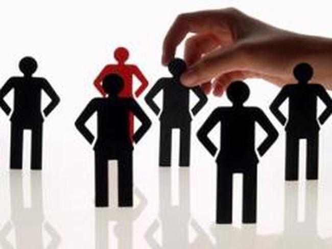 Các ngân hàng đang tái cơ cấu nguồn nhân lực ra sao?