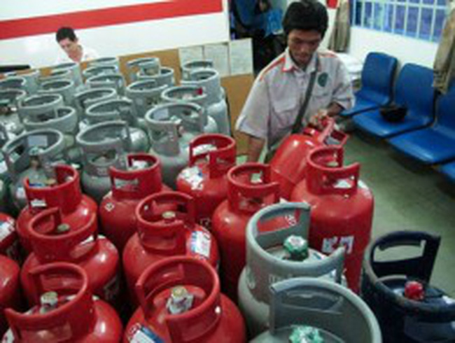 Từ 1/11: Giá gas tăng tiếp 7.000 đồng/bình 12kg