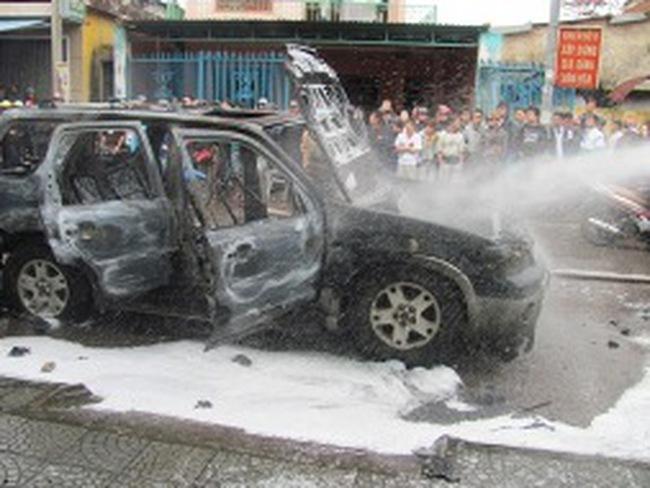 """Nhiên liệu chứa """"thành phần lạ"""" liên quan đến cháy xe"""