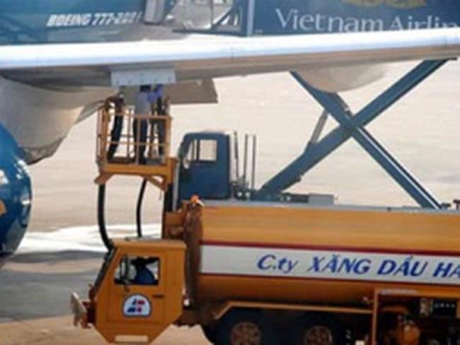 Từ 30/11: Giảm thuế suất thuế nhập khẩu ưu đãi mặt hàng xăng, nhiên liệu máy bay xuống 7%
