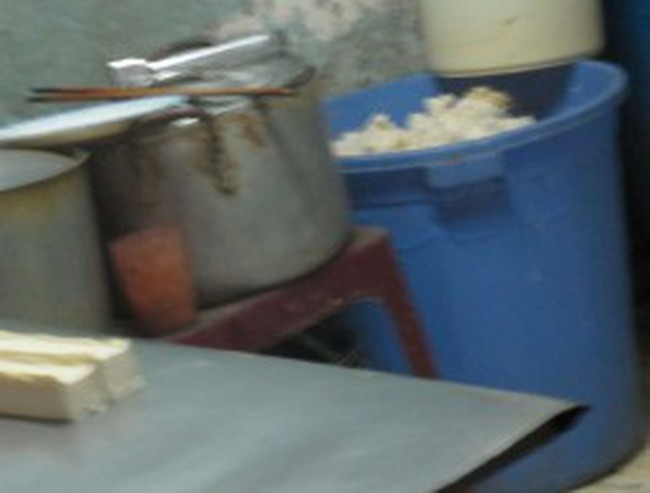 Sữa đậu nành thơm bổ được chế bẩn như thế nào?