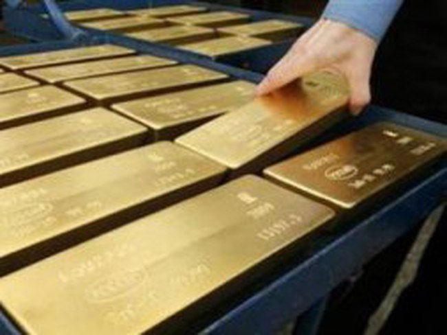 Giá vàng lao dốc xuống dưới 1.650 USD/ounce