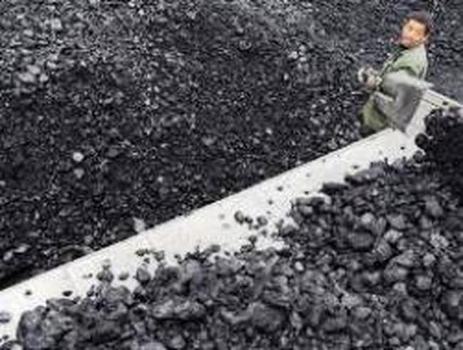 Trung Quốc chi phối thị trường than thế giới 2013