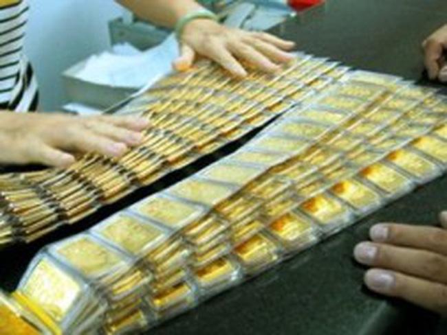 Trước giờ G thực hiện quy định về cấp phép kinh doanh mua, bán vàng miếng