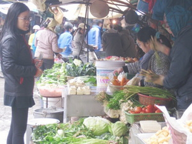 Sau tết, giá thực phẩm tăng mạnh