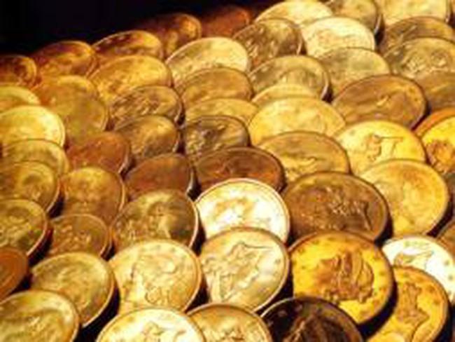 Giá vàng tăng vọt vì kinh tế Mỹ bất ngờ tăng trưởng âm