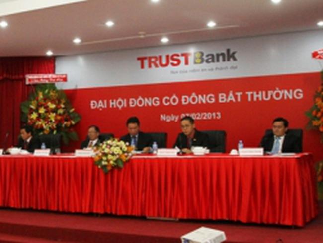 TrustBank thay hoàn toàn HĐQT
