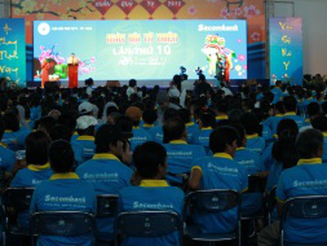 Sacombank chi 4,5 tỷ đồng tổ chức Ngày hội từ thiện