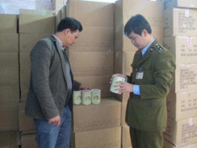 Niêm phong, tạm giữ 6.000 hộp sữa dê Danlait