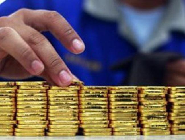 Phiên đấu thầu sáng 10/4: NHNN bán được 39.200 lượng vàng