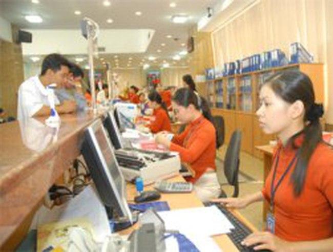 Sacombank tung khuyến mại hút khách gửi tiền