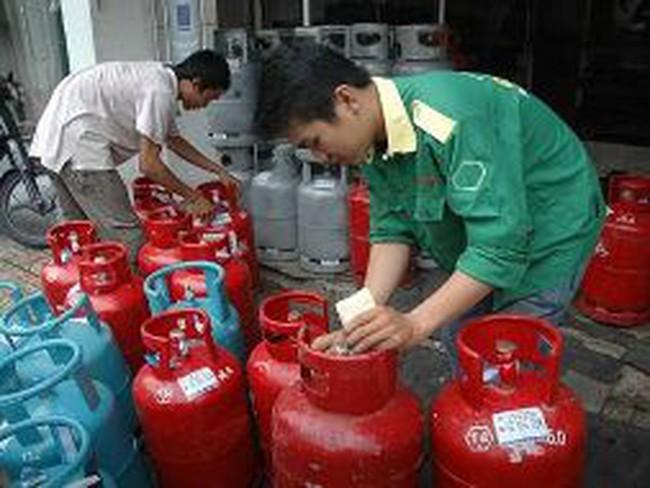 Từ 1/5, giá gas tiếp tục giảm 17.000 đồng/bình
