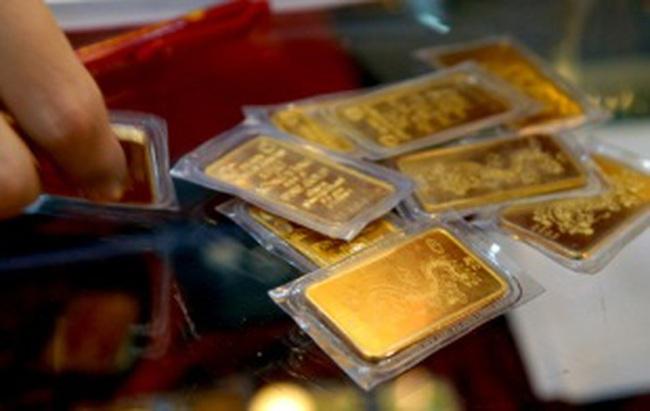 Cuối tuần, giá vàng tăng gần 300 nghìn đồng/lượng