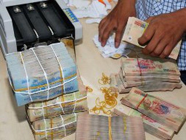 Nguy cơ nợ xấu cao, ngân hàng siết dịch vụ cho vay tiêu dùng qua thẻ