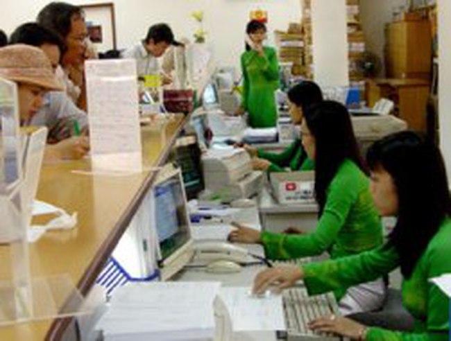 Vietcombank: Tín dụng âm 1,47%, lợi nhuận ròng đạt 1.976 tỷ đồng trong 6 tháng