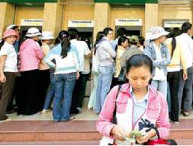 Nghịch lý trong giảm tải tại các cây ATM