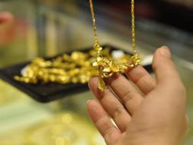Giá vàng tuột mốc 38 triệu đồng/lượng