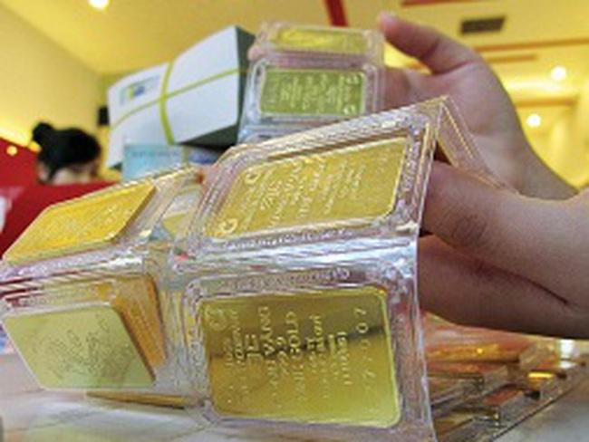 Cuối tuần, giá vàng trong nước lại đắt hơn thế giới 2,8 triệu đồng/lượng