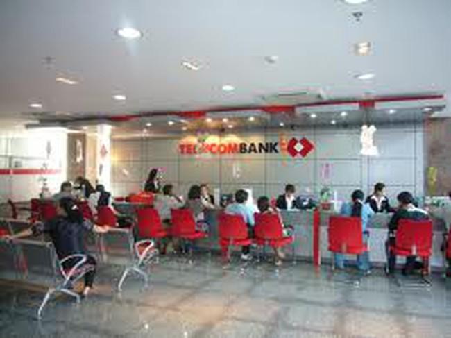 Techcombank hoàn thành tăng vốn điều lệ năm 2013