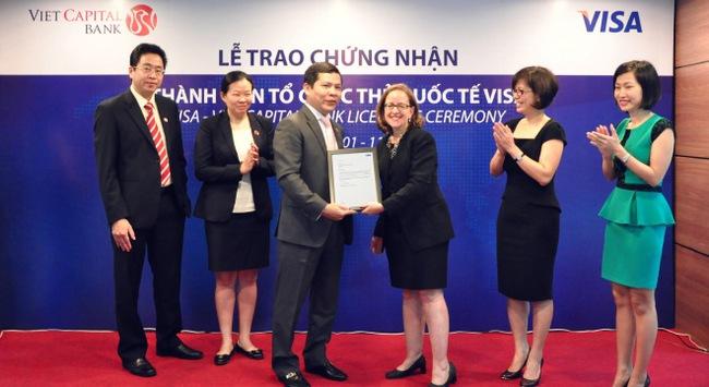 VietCapital Bank tham gia tổ chức thẻ quốc tế Visa