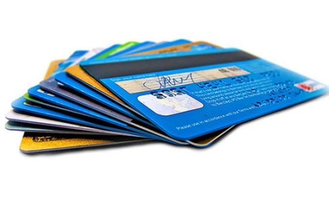 Bình quân 1,42 người Việt Nam sở hữu 1 thẻ ngân hàng