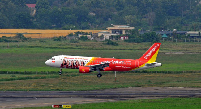 Tổ chức 2 chuyến bay cứu trợ từ Việt Nam sang Philippines