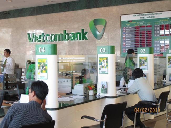 LNST quý 3 của Vietcombank giảm hơn 5 tỷ đồng sau đính chính