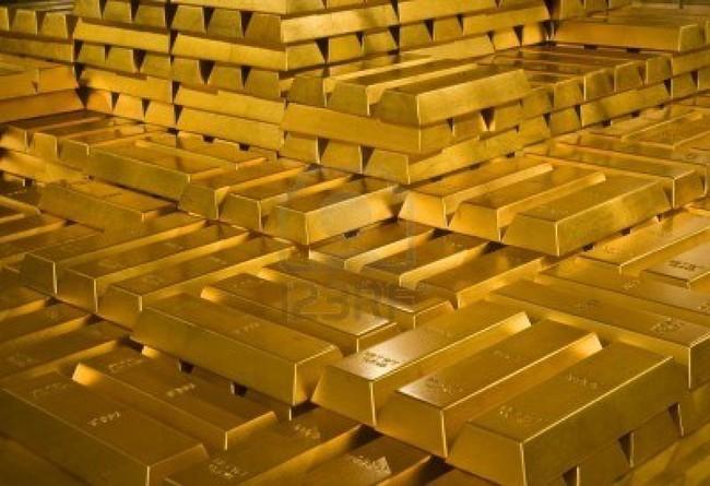Giá vàng thế giới giảm mạnh phiên đầu tuần